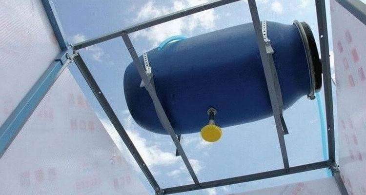 Емкость для воды на крышу своими руками