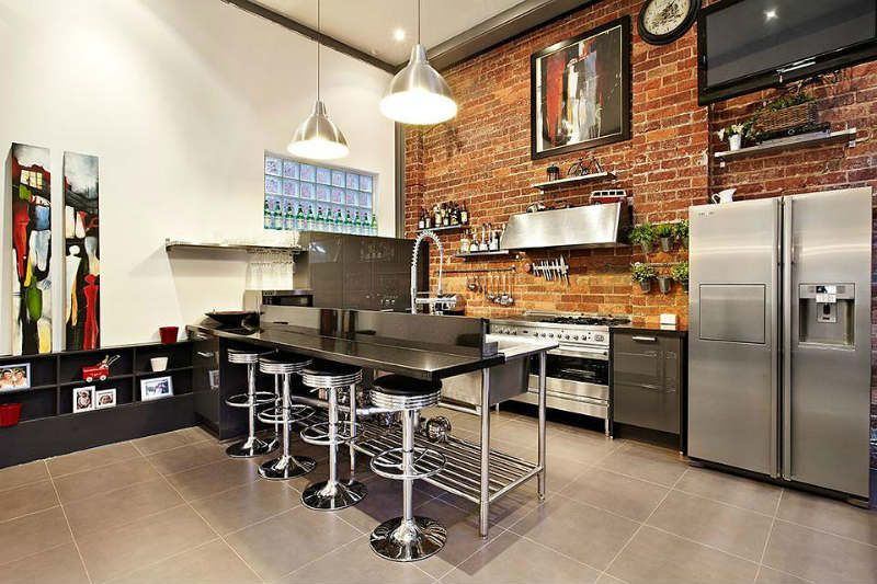 кухня в стиле лофт в квартире дизайн интерьер фото