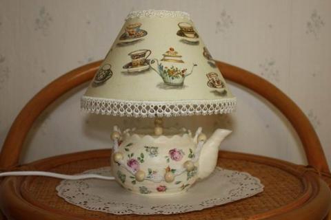 Настольная лампа из чайника