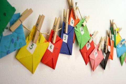 адвент-календарь в виде конвертиков