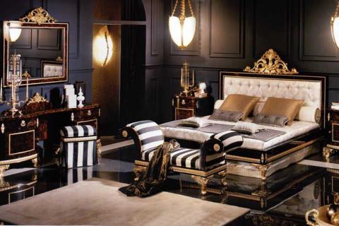 темная спальня с золотым декором