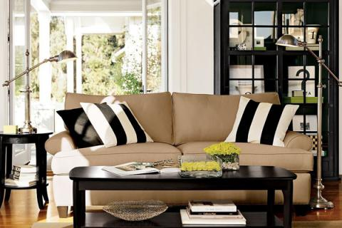 черная корпусная мебель