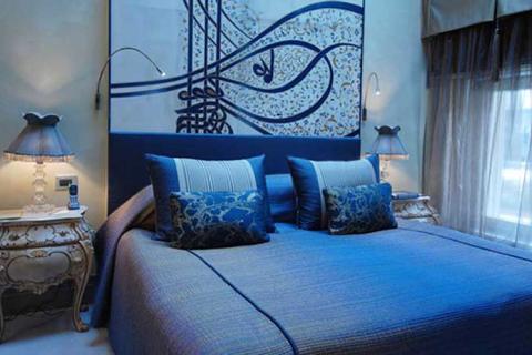 спальня в стиле современного барокко