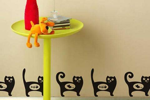 наклейки на стену в виде черных котов