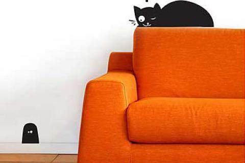 наклейка на стену в виде кота