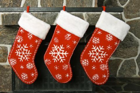 новогодние красные носки