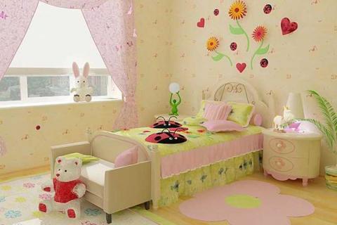 спальня для девочки с покрывалом салатного цвета