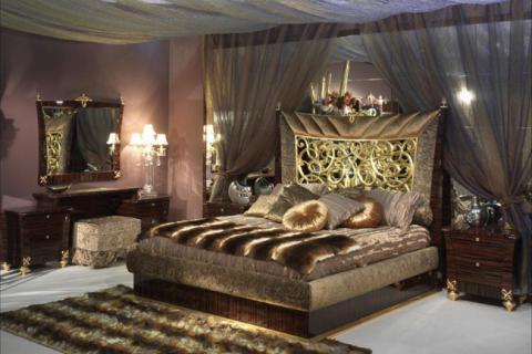 спальня в стиле гламур с золотыми вставками мебели
