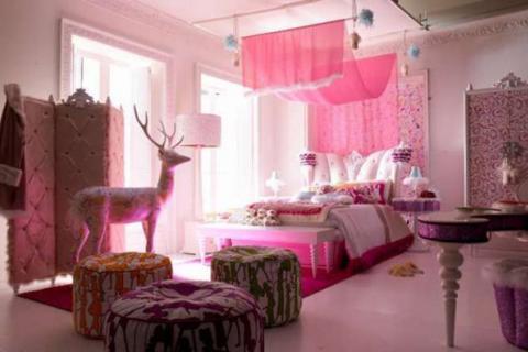 розовая спальня в стиле гламур