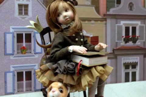 кукла девочки и собачки