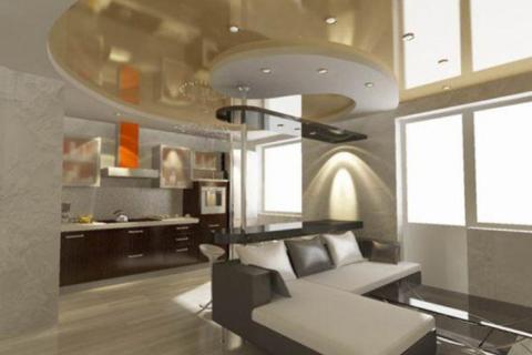 кухня-гостиная, зонированная потолком