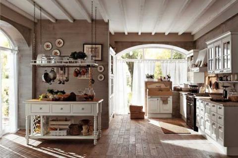 большая деревенская кухня