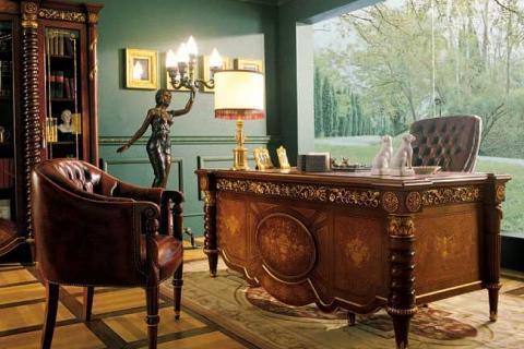инкрустированный кабинетный стол