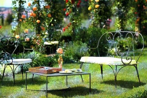 загородная мебель из металла