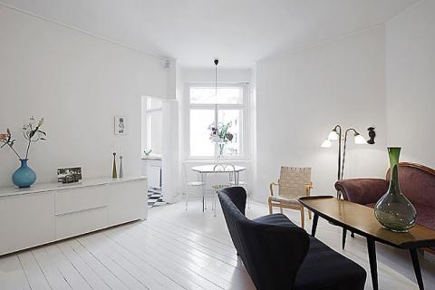 белая гостиная в минималистичном дизайне