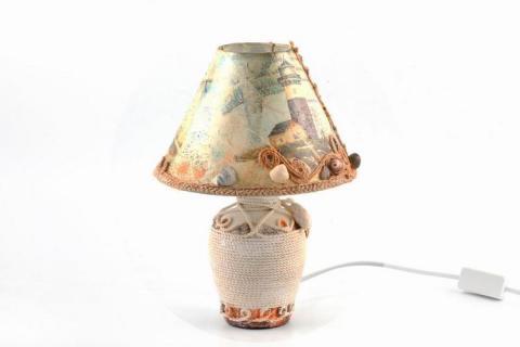 Лампа с ракушками