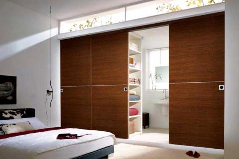 перегородка между спальней и ванной
