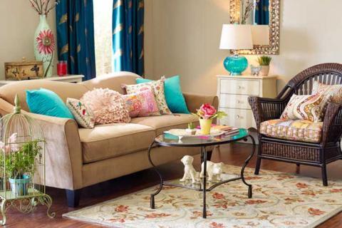 Декоративные подушки разных форм