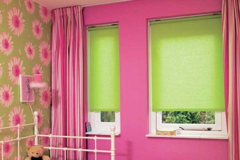 розово-зеленые шторы для детской