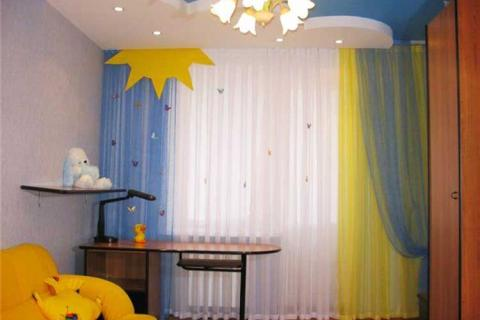 желто-голубые шторы для детской