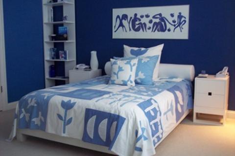 сине-белая спальня