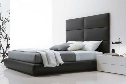 современная монохромная спальня