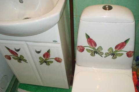 наклейки в ванной комнате