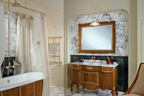 ванная комната с мрамором и деревом
