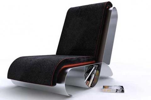 модерновое кресло с элементами из металла
