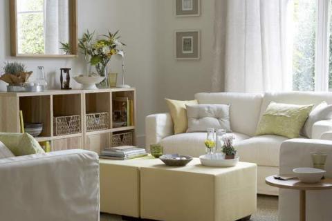 бело-бежевая гостиная