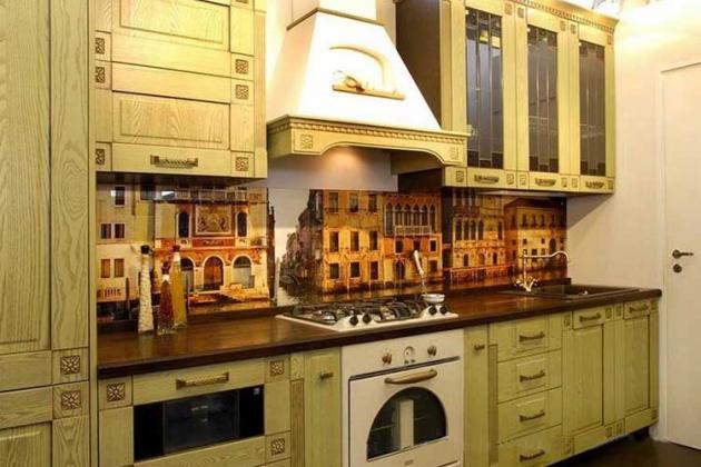 кухня с фото фартуком