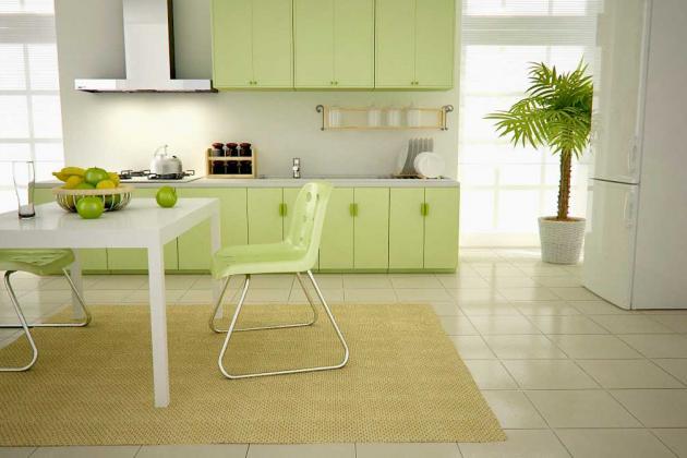 Светло-зеленая кухня