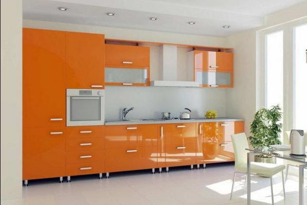 светлая оранжевая кухня